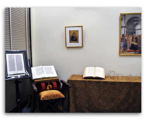Second Image of Early Renaissance Walls Modern Study Gallery.